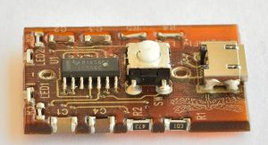 3D printed Circuit with side mounted and inserted components